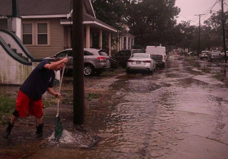 Ураган «Зета» в США: больше миллиона жителей остались без света, есть погибшие (ФОТО, ВИДЕО)
