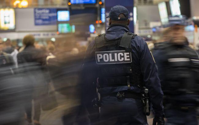 В Париже в ходе протестов пострадали почти 40 правоохранителей