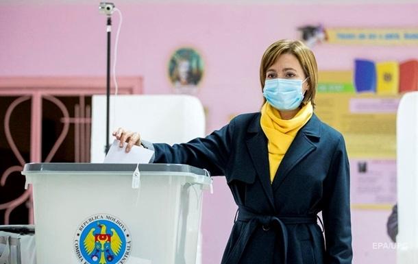 Выборы президента Молдовы: пророссийского Додона обошла Санду