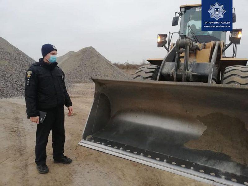 Николаевские патрульные проверили готовность дорожных предприятий к работе зимой и остались недовольны (ФОТО)