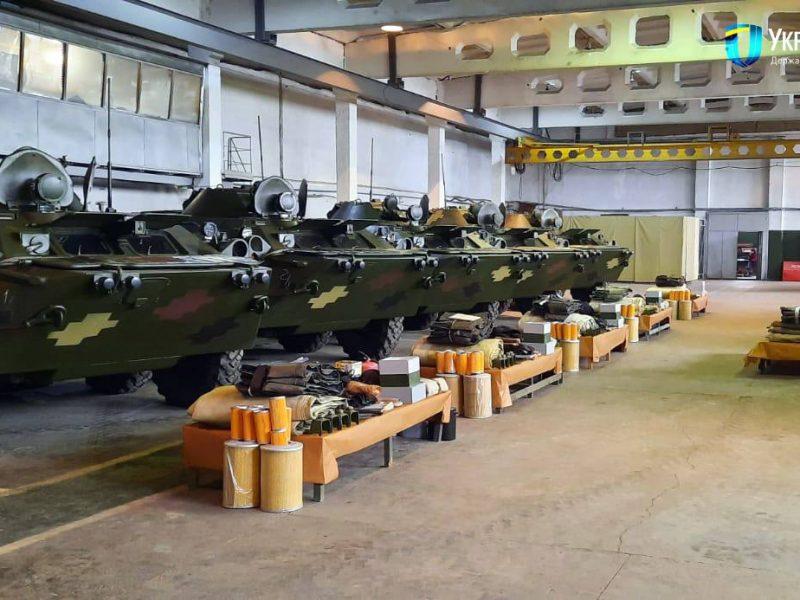Николаевский бронетанковый завод обновил партию БТР-80 для украинских военных (ФОТО)