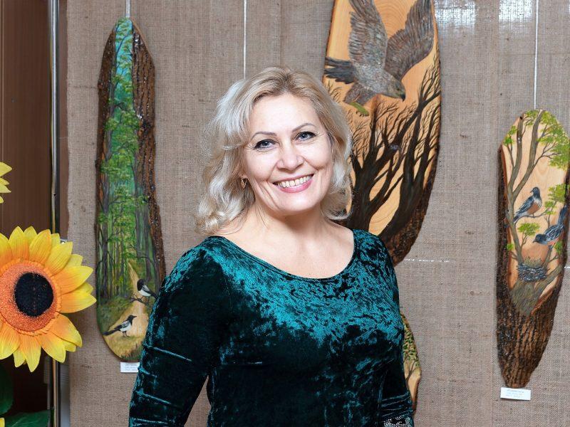 В Миколаєві стартував новий проект «Етносвітлиця» з виставки Тетяни Лебідь «Послухай голос лісу» (ФОТО)