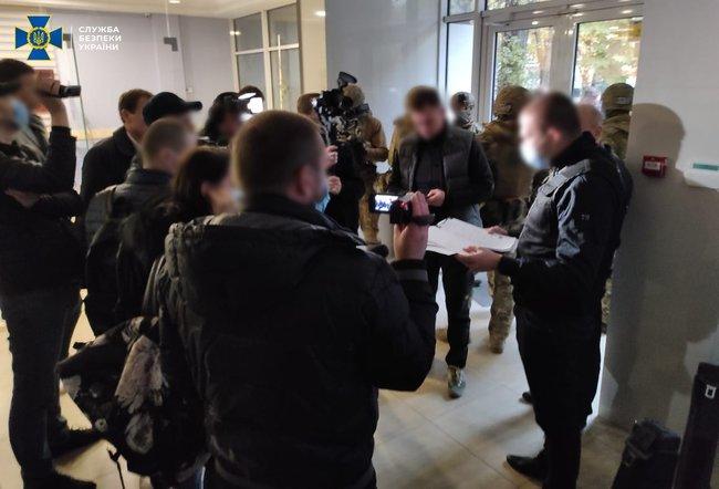 Выборы мэра Одессы: СБУ нашла в офисе бывшего нардепа поддельные бюллетени с отметками за кандидата от ОПЗЖ (ФОТО)