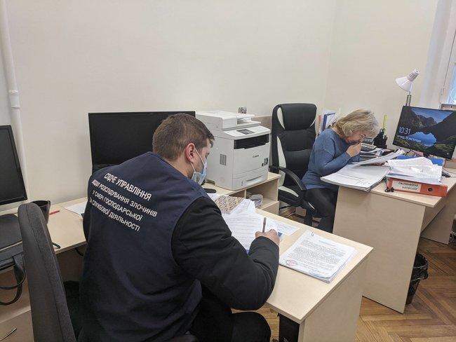 В Музее Революции Достоинства проводят обыски. Инициативная группа пострадавших на Майдане заявила о сознательном уничтожении памяти (ФОТО)