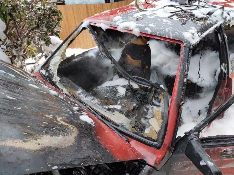 На Николаевщине сгорел ВАЗ – спасатели говорят, что из-за нарушений правил безопасности при сварке (ФОТО)