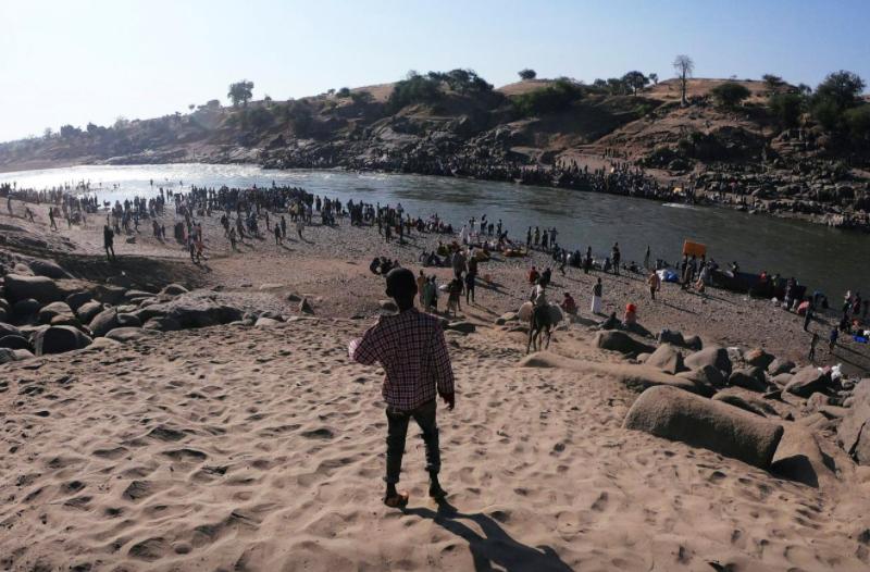 В охваченной войной Эфиопии разворачивается масштабный гуманитарный кризис