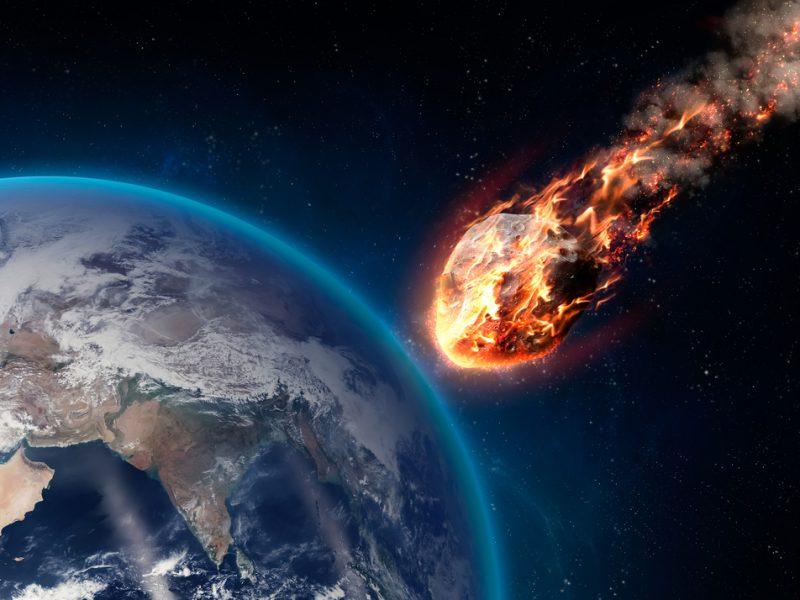 Ученые выяснили, что астероид Апофиc станет опасен для Земли через полвека