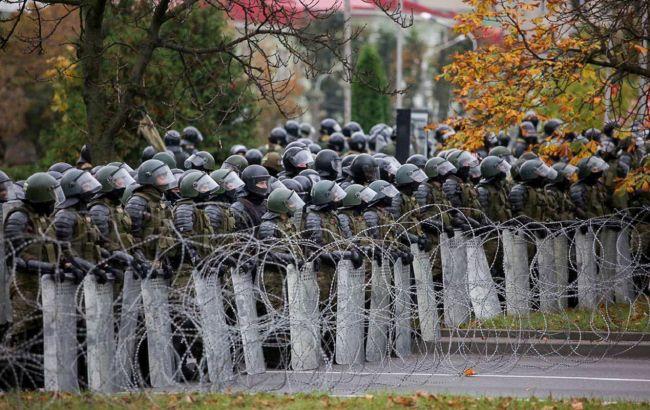 В Минске медики вышли на протест, начались задержания