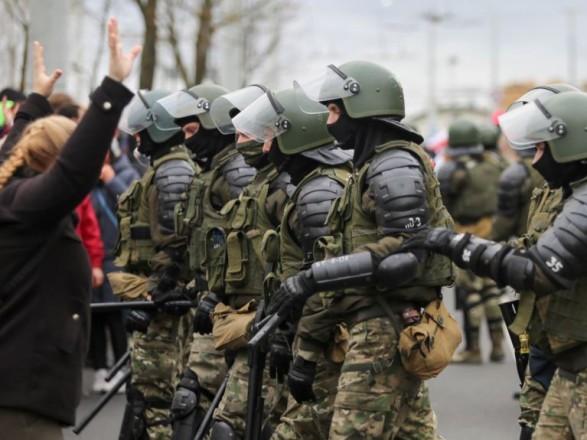 Во время протестов в Беларуси в воскресенье задержали более 300 человек