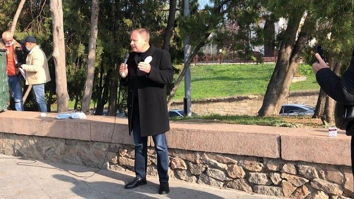 """В Херсоне спешно печатают  """"газету""""  с компроматом  на кандидата в мэры Николаева"""
