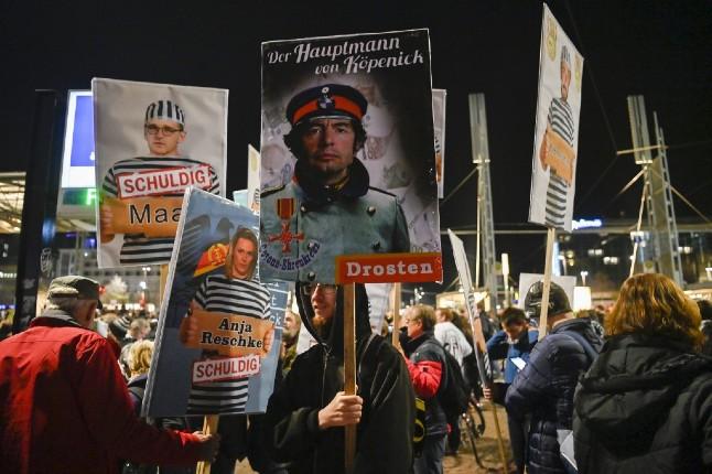 В немецком Лейпциге произошли столкновения между полицией и противниками коронавирусных ограничений