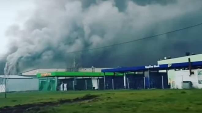 В Москве масштабный пожар: горит склад с газовыми баллонами (ВИДЕО)