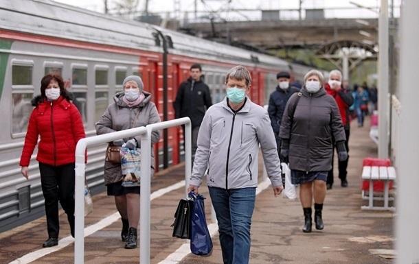 После выходных в Украине обнаружили меньше 10 тысяч новых случаев коронавируса