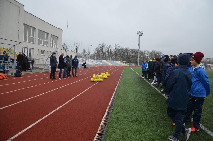 Вице-президент УАФ в Николаеве пообещал поддержку в вопросе передачи стадиона в парке Победы в городскую коммунальную собственность (ФОТО) 1