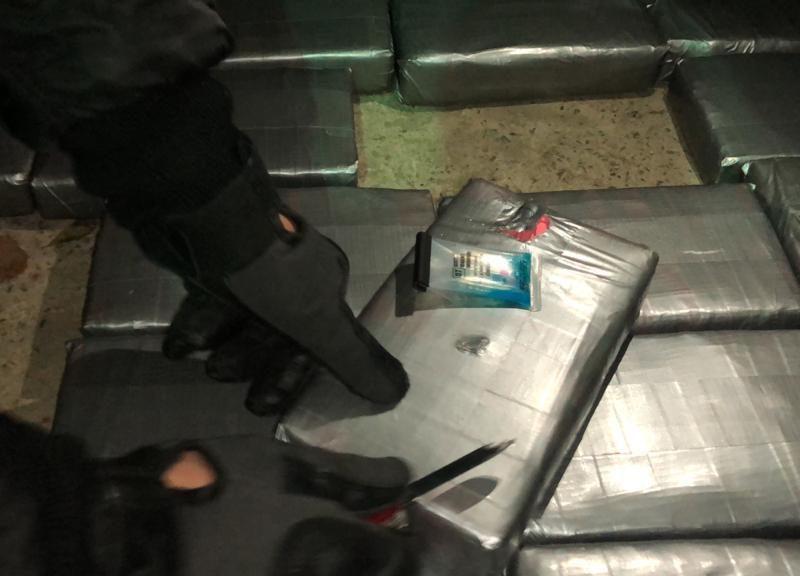 Кокаин во фруктах: пограничники не дали вывезти из Украины в ЕС 54 кг кокаина (ФОТО, ВИДЕО)