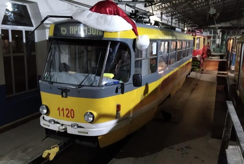 Трамваи и троллейбусы в новогоднюю ночь в Николаеве будут ходить до часу ночи (ГРАФИКИ ДВИЖЕНИЯ)