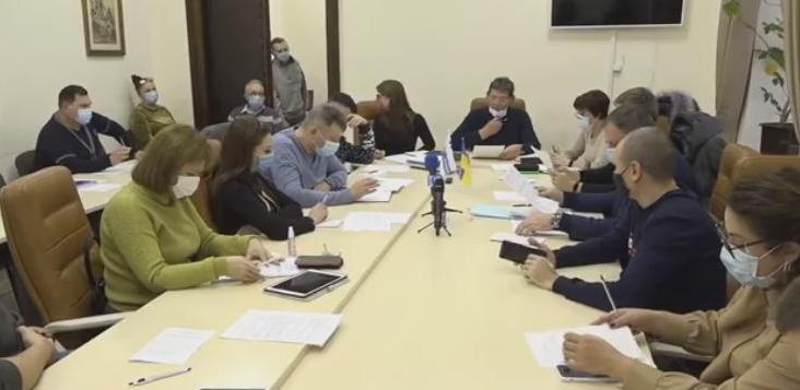 Комиссия ЖКХ Николаевского горсовета займется дюкером, лифтами и Варваровским мостом (ВИДЕО)