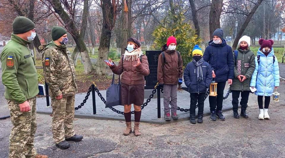 Николаевские пластуны передают Вифлеемский огонь мира военным и гражданским (ФОТО, ВИДЕО) 21