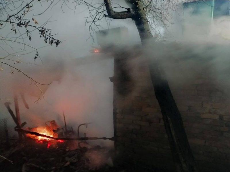 Ночью в Первомайском районе горел гараж (ФОТО)