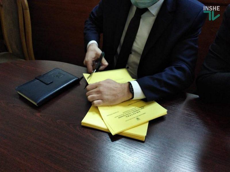 Бюллетени для голосования на выборах главы Николаевского облсовета перепечатают (ФОТО)