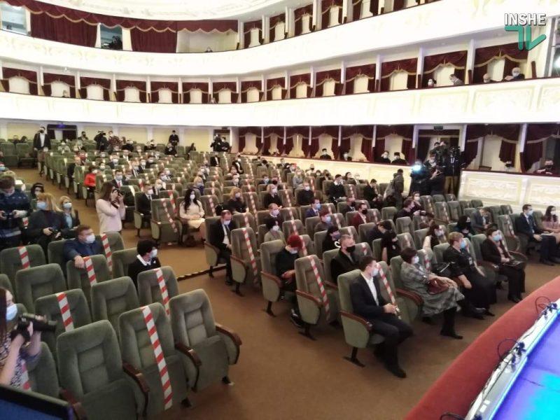 Стартовала первая сессия Николаевского горсовета 8-го созыва (ФОТО, ВИДЕО)