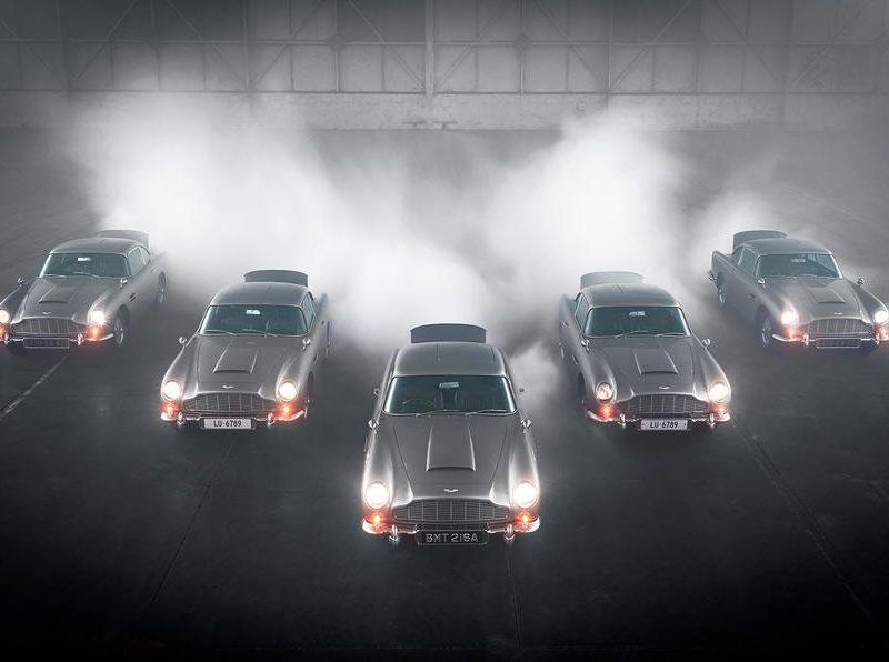 Они настоящие! Aston Martin выпустила партию шпионских машин с фарами-пулеметами (ВИДЕО)