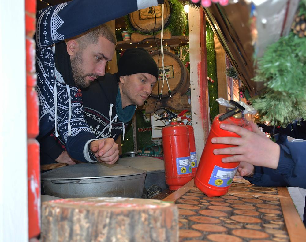 В Николаеве спасатели проверили ярмарочный городок на Соборной площади (ФОТО, ВИДЕО) 5