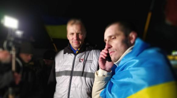 Украинский политзаключенный Шумков вернулся домой после 3 лет российской колонии