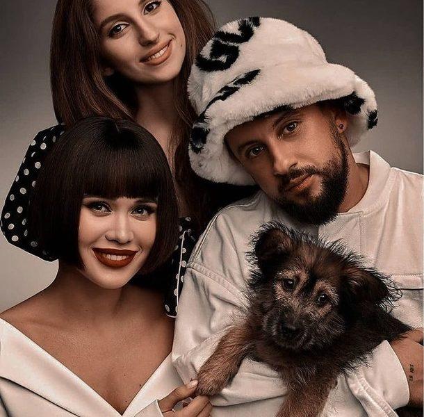 Украинские звезды снялись с бездомными животными на благотворительный календарь