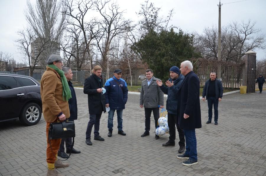 Вице-президент УАФ в Николаеве пообещал поддержку в вопросе передачи стадиона в парке Победы в городскую коммунальную собственность (ФОТО) 7
