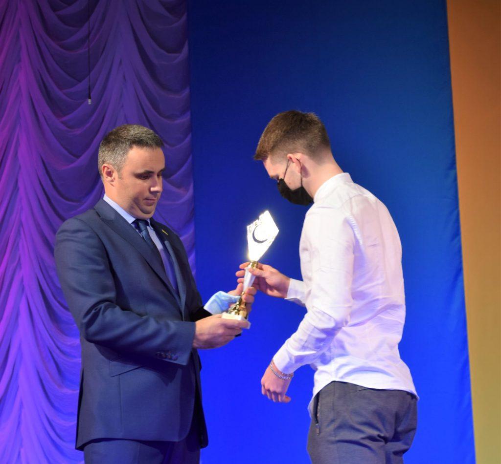 В Николаеве чествовали «Лауреатов спортивного года - 2020» (ФОТО) 13