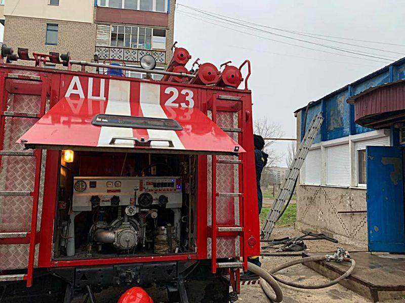 В Первомайске горела маникюрная мастерская, в Николаеве – офисное помещение (ФОТО)