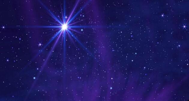 """Такое можно увидеть только раз в жизни: Сатурн и Юпитер завтра сольются в """"Вифлеемскую звезду"""""""