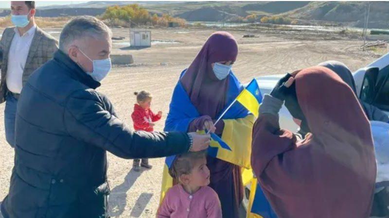 Об этом молчали до последнего: 9 украинских граждан освобождены из сирийского лагеря (ФОТО, ВИДЕО)