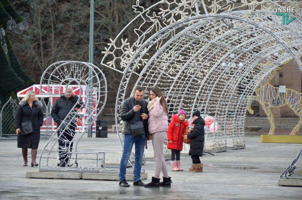 Николаев готовится к встрече 2021 года – репортаж с Соборной площади (ФОТО и ВИДЕО) 19