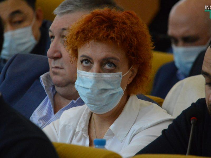 Глава фракции «Наш край» в облсовете заявил, что главврачу Николаевской «инфекционки» сожгли автомобиль. Но по декларации у Федоровой авто нет