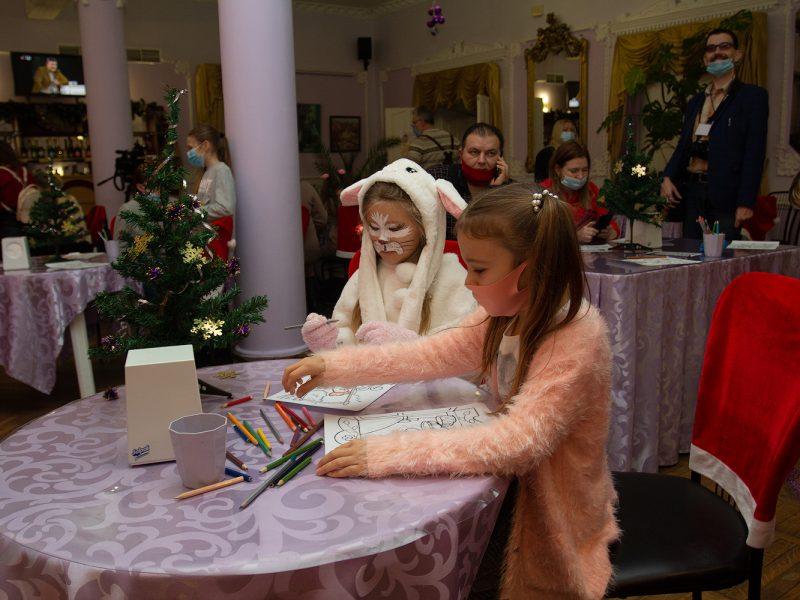 В Николаевском русском драмтеатре открыли Детскую театральную комнату (ФОТО)