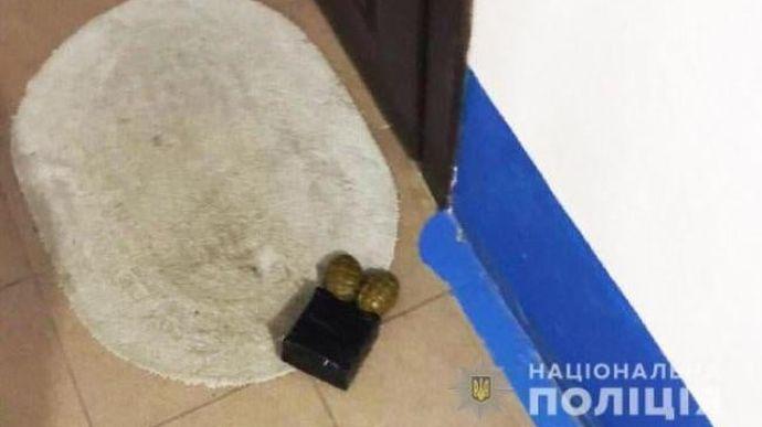 Под дверь матери антикоррупционера Шабунина подложили взрывчатку. Он не верит, что преступников найдут (ФОТО) 1