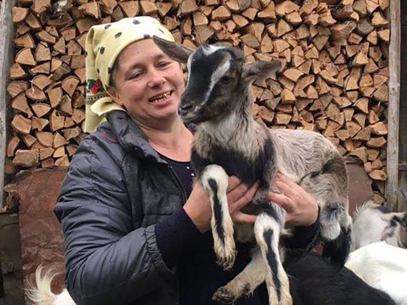 Люба и ее козы: на Тернопольщине женщина снимает влоги о сельской жизни (ВИДЕО и ФОТО)