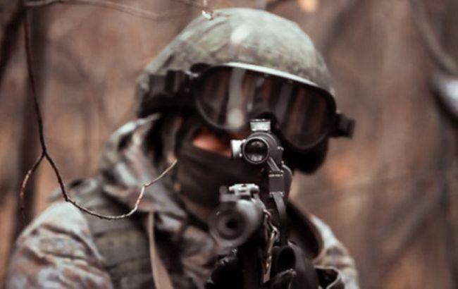 Оккупанты на Донбассе применяли тяжелую артиллерию, снайпер ранил военного