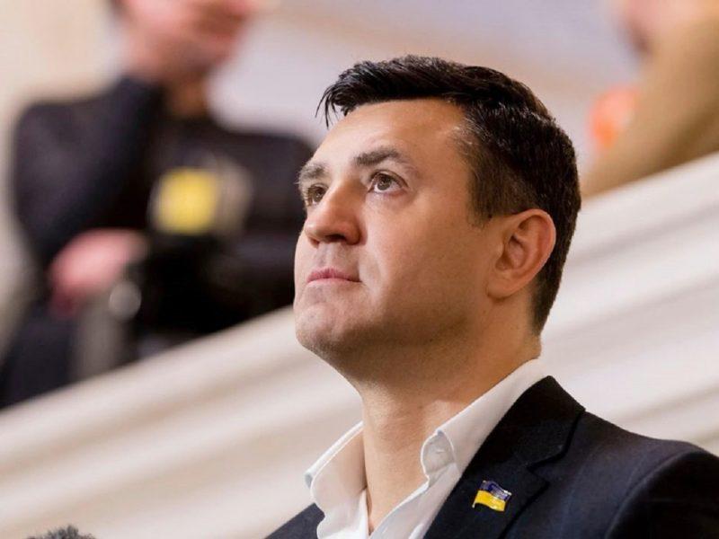 """""""Слугу"""" Николая Тищенко обвиняют в рейдерском захвате """"Столичного"""" рынка"""