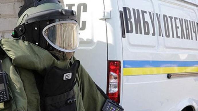 Под дверь матери антикоррупционера Шабунина подложили взрывчатку. Он не верит, что преступников найдут (ФОТО)