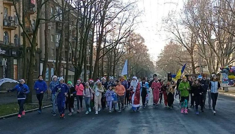 В Николаеве прошел забег в карнавальных костюмах (ВИДЕО)