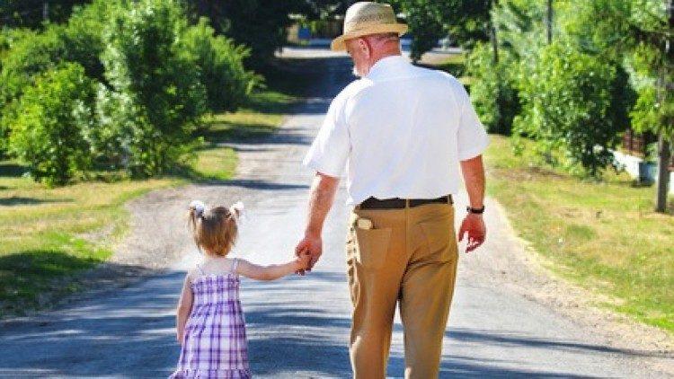 Папа Римский учредил международный день дедушек и бабушек