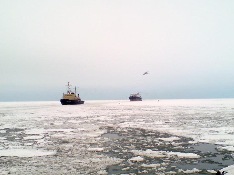 В Николаевском морском порту объявлена ледовая кампания