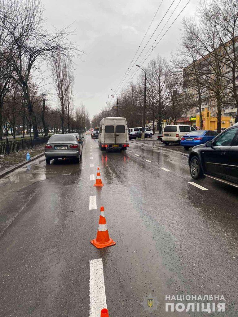 В Николаеве на пр.Центральном сбили пешехода – мужчина в больнице (ФОТО) 3