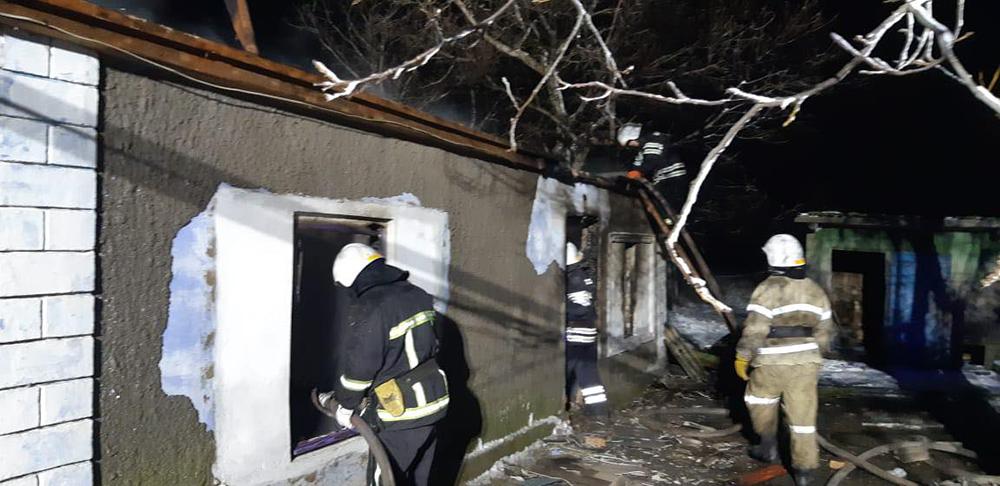 Из-за печек в Николаевской области трижды тушили пожары в жилье. В Витовском районе погибла 37-летняя женщина (ФОТО) 1