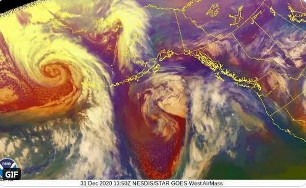 К счастью, далеко от людей: в Беринговом море бушует «циклон-бомба»