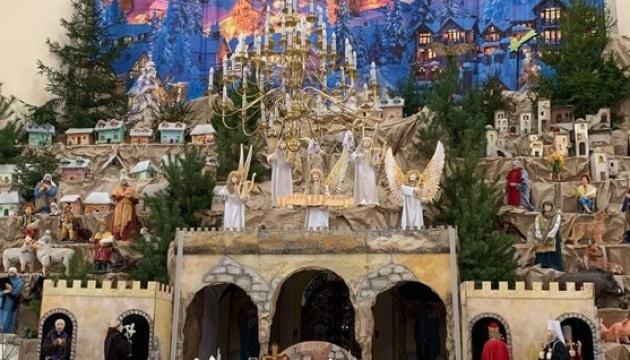 В Тернополе открылся самый большой в стране Рождественский вертеп (ФОТО, ВИДЕО) 3