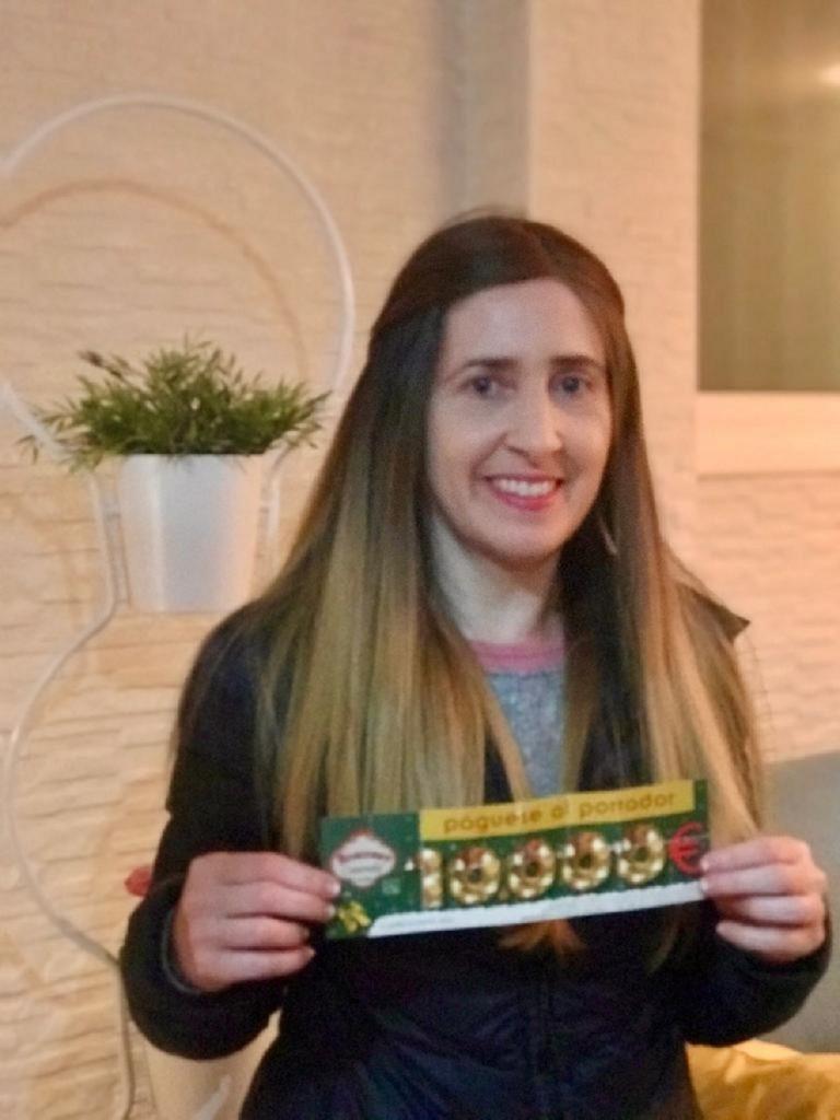 Жительница Испании «нашла» 10 тыс.евро в популярном десерте 1